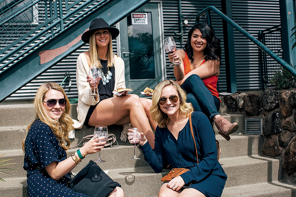 A group of women enjoy some Sonoma Valley Wine.